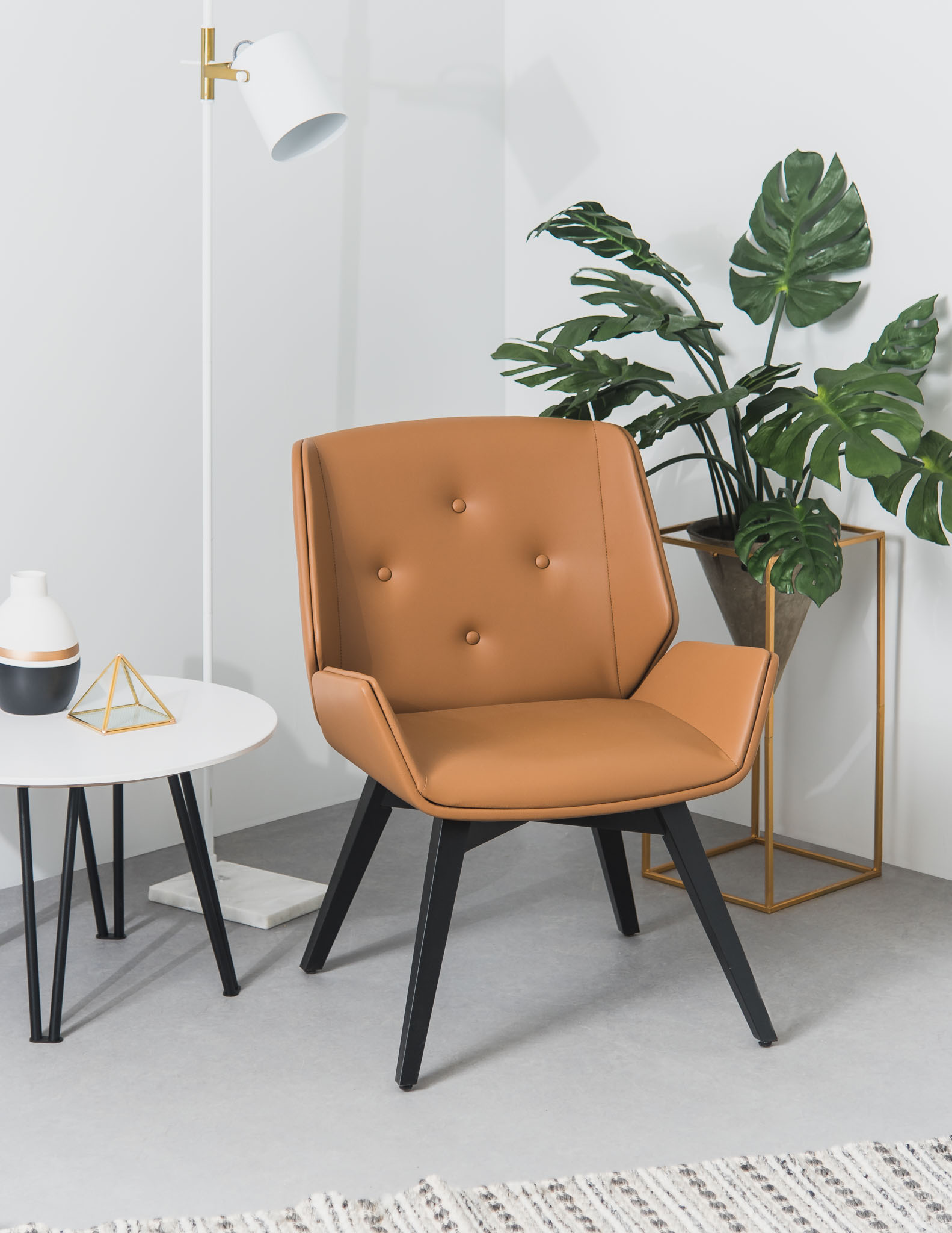 Lounge Chair Ema 1 2018 Rouillard